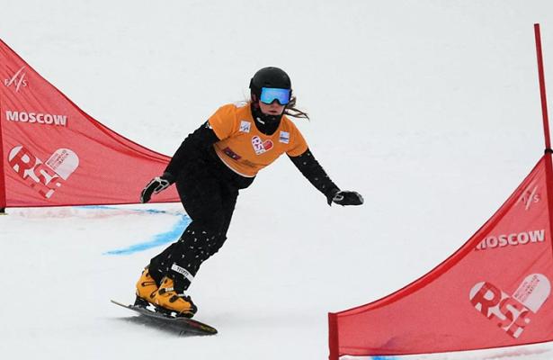 Россиянка Надыршина стала чемпионкой мира посноуборду