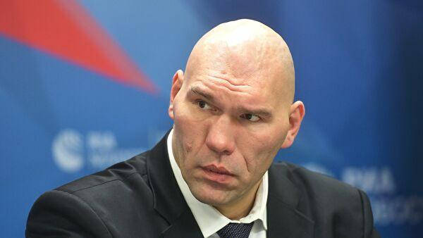 Валуев отреагировал назапрет Путину посещать Олимпиады