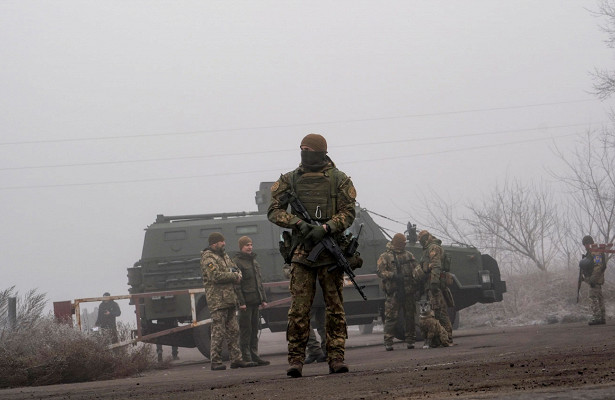 Нацгвардия Украины иСБУобнаружили тайник сбоеприпасами вДонбассе