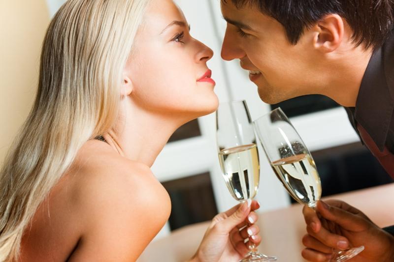 Знакомства мужчина и женщина любовь