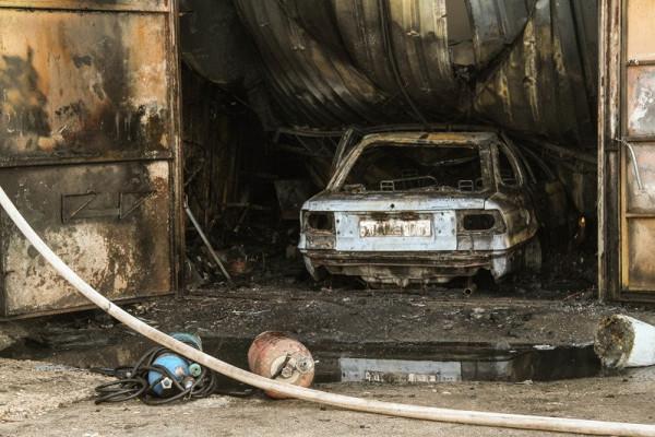 ВСевастополе произошел пожар вгаражном кооперативе