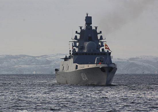 Фрегат «Адмирал Горшков» вышел вБаренцево море