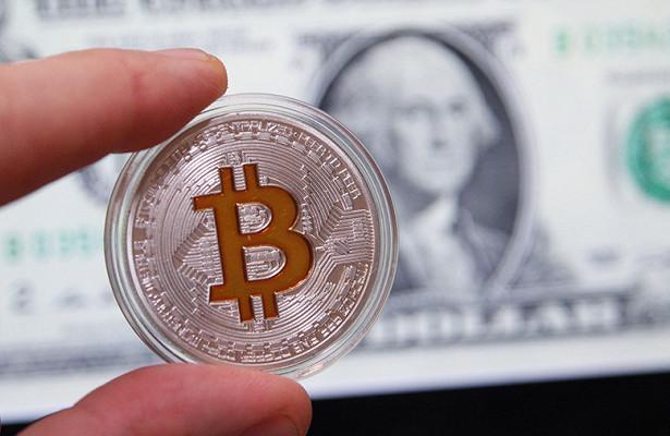 Стоимость биткоина вновь побила исторический максимум