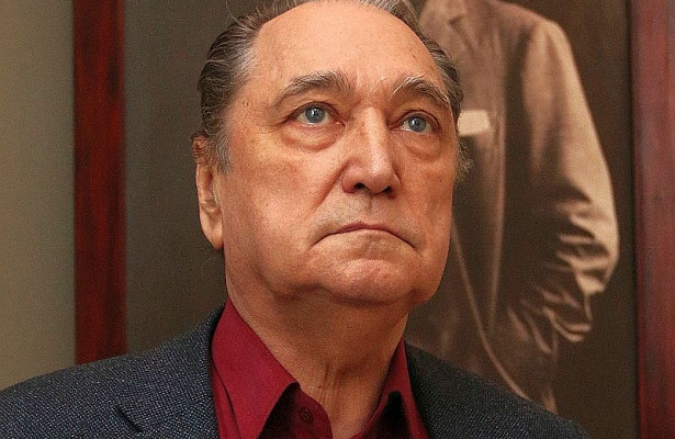 Втеатре играл дообидного мало: Владимир Коренев несчитал актерство профессией