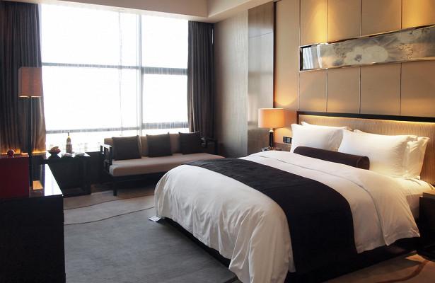 Сотрудница отеля раскрыла способ бесплатно попасть вномер люкс