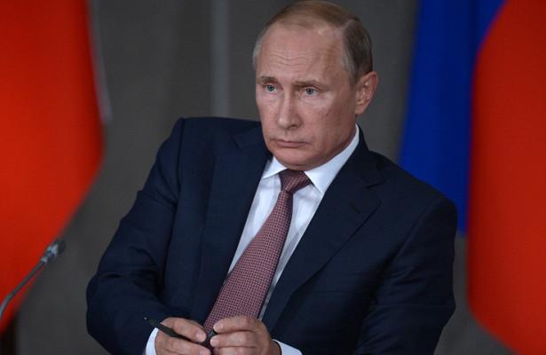 Путин объяснил, почему ещенепоздравил Байдена спобедой