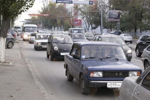 Причина пробок наНагибина: хамство водителей