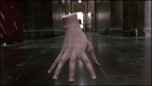 Ктосыграл руку в«Семейке Аддамс»