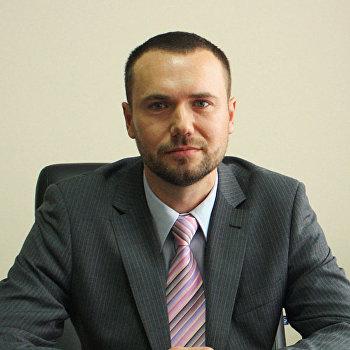 «Шкарлет— чёрт»: украинцы митингуют против нового министра образования