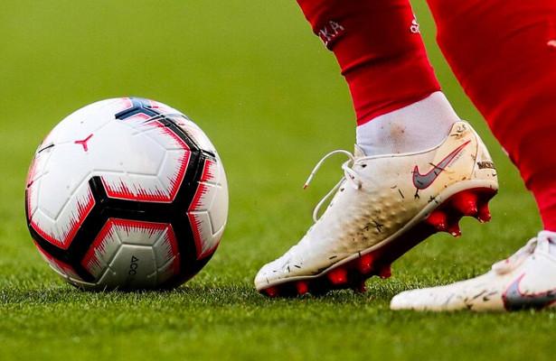 Игрока «Порту» увезли наскорой после столкновения сроссийским голкипером