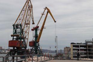 Заводы, уголь, порты: экономика края работает наблаго страны