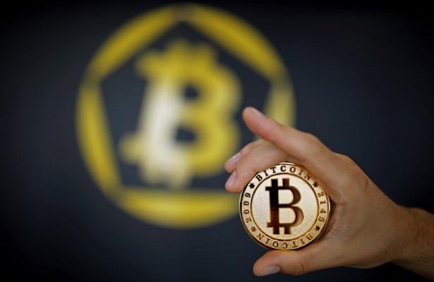 Экс-глава Goldman Sachs призвал усилить регулирование биткоина