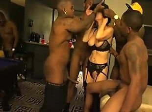 Homemade housewife interracial dp