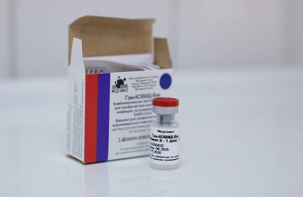 Инфекционист призвала несчитать вакцину панацеей откоронавируса