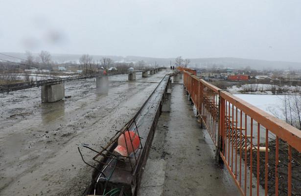 Мост через Бердь сделан только наполовину