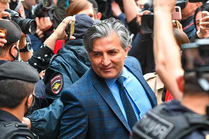 Бывшего адвоката Ефремова проверят наклевету против полицейских