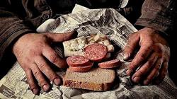 Фотография завтрака советского шахтера смутила соцсети