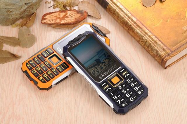 Неубиваемый телефон с мощным аккумулятором с алиэкспресс