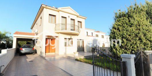 Где лучше купить квартиру в испании у моря