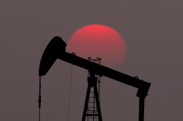 Цена нефти Brent превысила $52забаррель впервые смарта