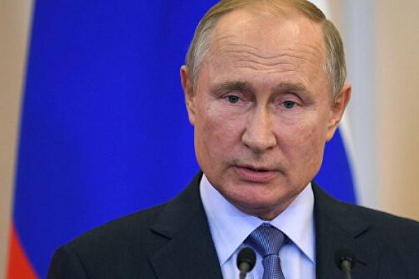 Рубль упал рекордно за полтора месяца после мрачных прогнозов ОПЕК