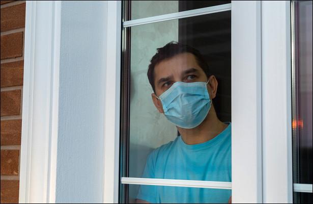 Надомах сбольными коронавирусом поставят клеймо