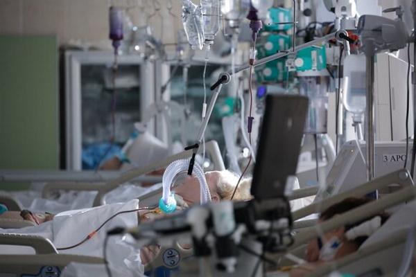 Мурашко назвал долю тяжелых пациентов скоронавирусом