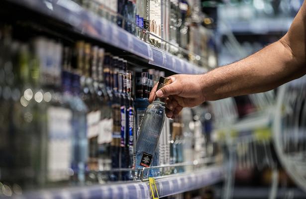 Минпромторг поддержал идею легализации интернет-торговли алкоголем