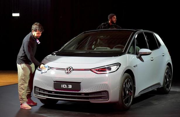 Volkswagen пообещал доступные батареи дляэлектрокаров