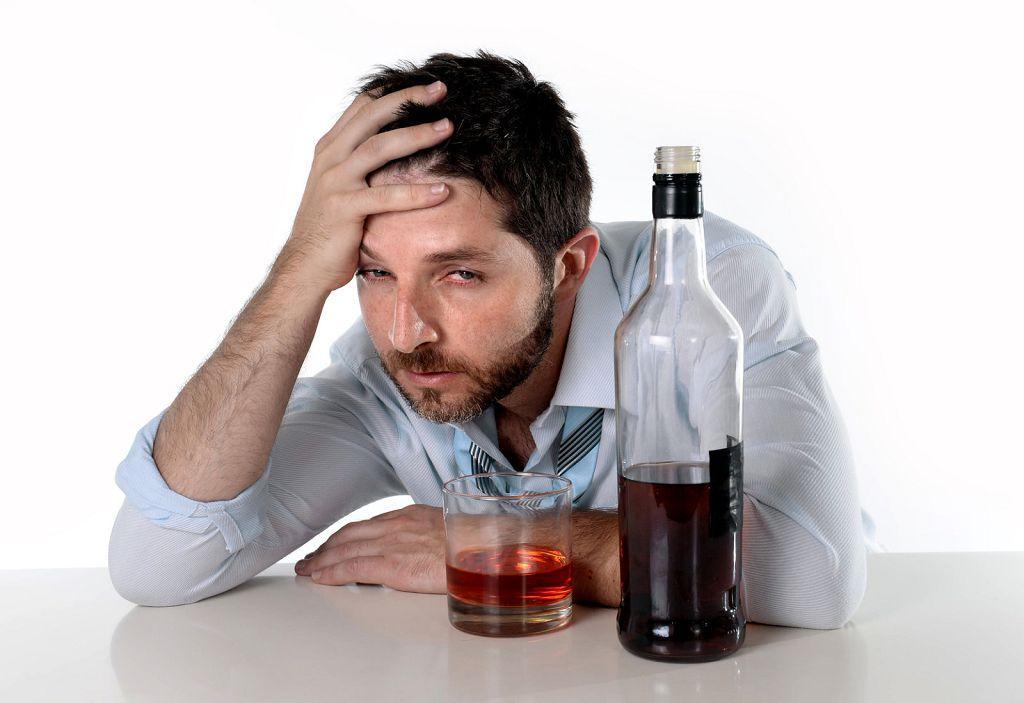Как самостоятельно лечить от алкоголизма
