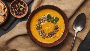 Чечевица имясо: диетолог назвала самый полезный суп