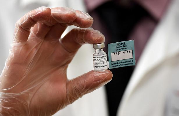 Росздравнадзор запретил использование Pfizer вРоссии