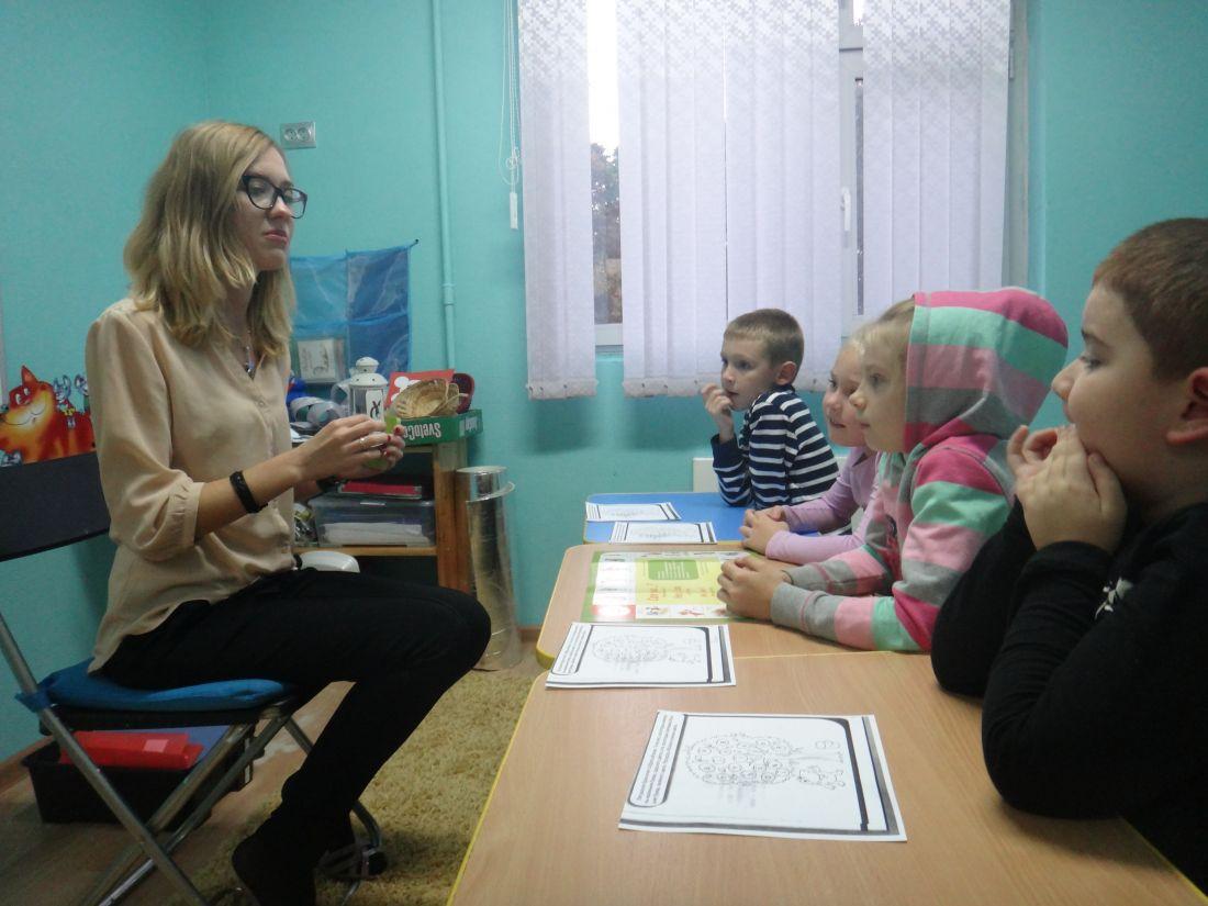 варианты перепланировки взр. спальни в детскую для разнополых детей в малогабаритной квартире с фото