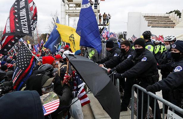 Протесты вСШАсравнили срусской революцией