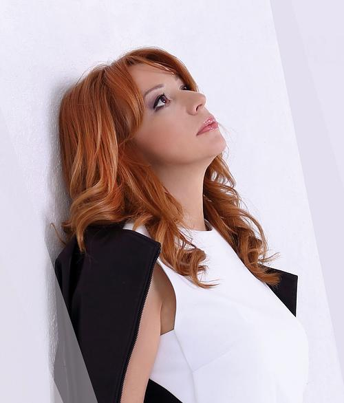 Алена Апина - биография, информация, личная