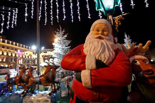 ВВеликобритании Санта-Клаусу разрешили неносить маску