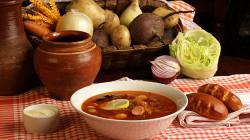 Солянка и пирожки: самые вредные блюда русской кухни