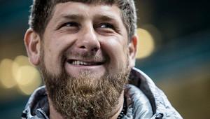 Кадыров подарил Саиду Нурмагомедову «Мерседес»