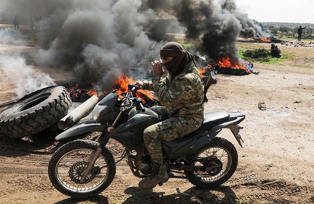 Макрон заявил опереброске боевиков изСирии вКарабах