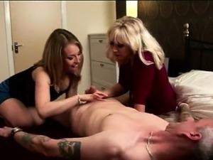 Man getting anal fucking women