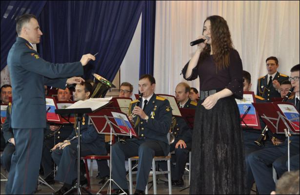 Оркестр военной академии РХБзащиты выступил сконцертом вкостромском государственном университете