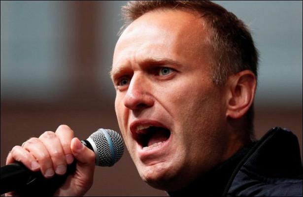Навальный предложил ЕСввести санкции против богатейших россиян