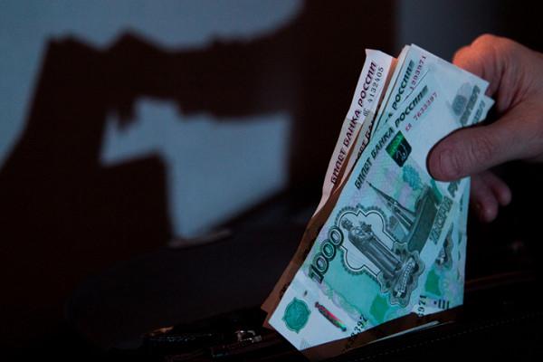 Подсчитана доля россиян с«серыми» зарплатами