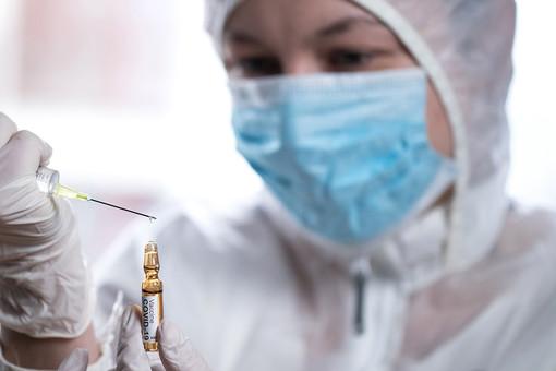 Испытания вакцины откоронавируса: чтозапрещено добровольцам