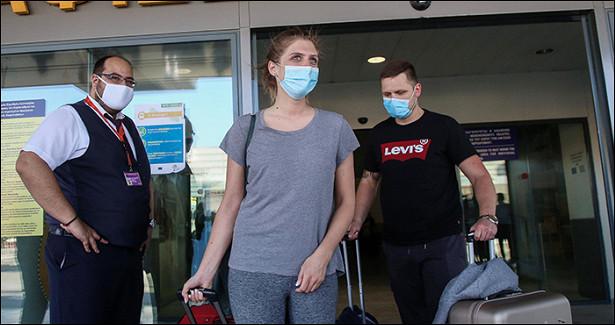Афины вновь продлили разрешение навъезд только 500россиян внеделю
