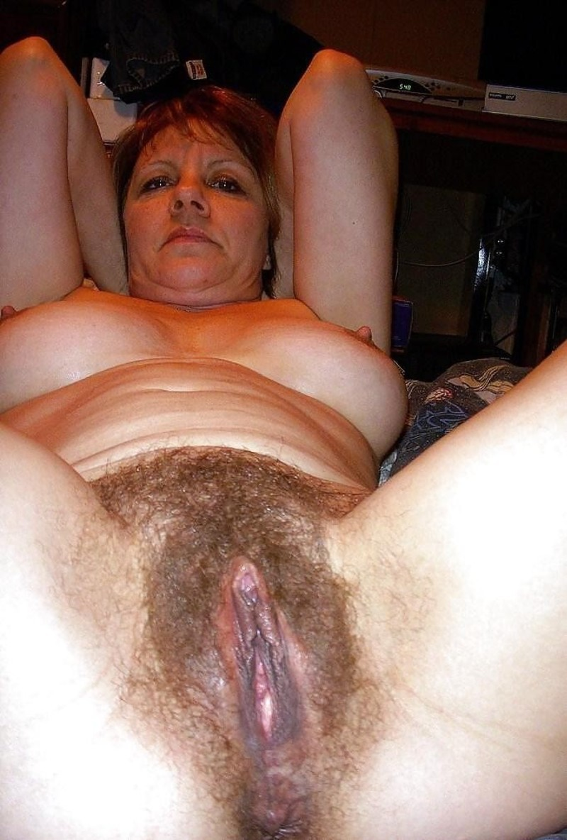 порно бабушек с волосатой пиздой