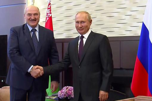 Лукашенко: мысПутиным всегда будем опорой друг другу