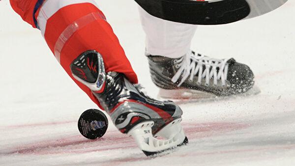 Хоккеист ударился головой обледвовремя драки