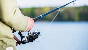 Рыболов поймал огромного 450-килограммового тунца