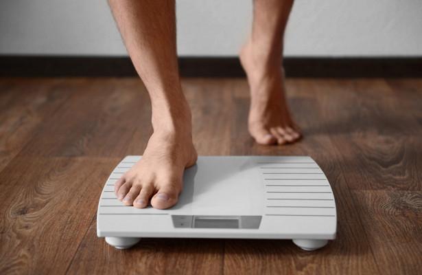 Почему люди толстеют после 40